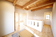 自然素材が優しい、ぬくもりあふれる家。
