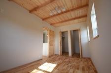 塗り壁×造作洗面のcafeテイストの家