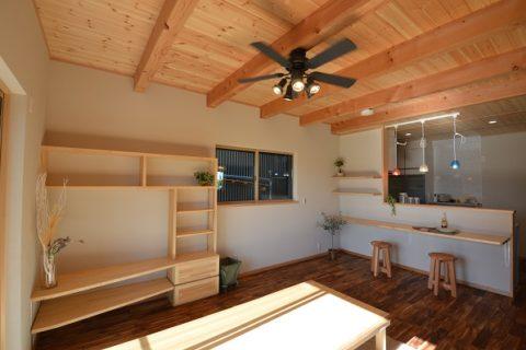 4 LDK+小屋裏×ブラックの塗り壁の家/長期優良住宅 @浜松