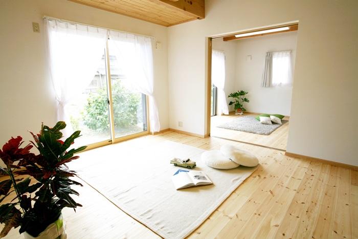 風の吹き抜けていく木の香りの心地よい家