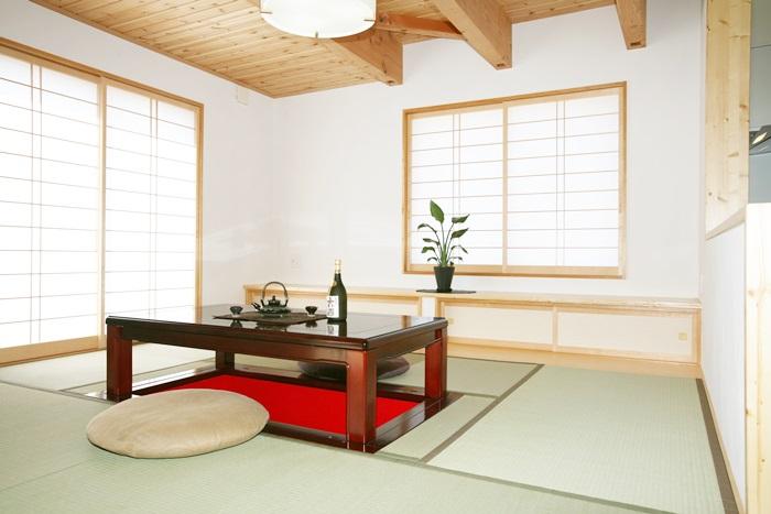 和の空間に落ち着きを求めた和洋折衷の家