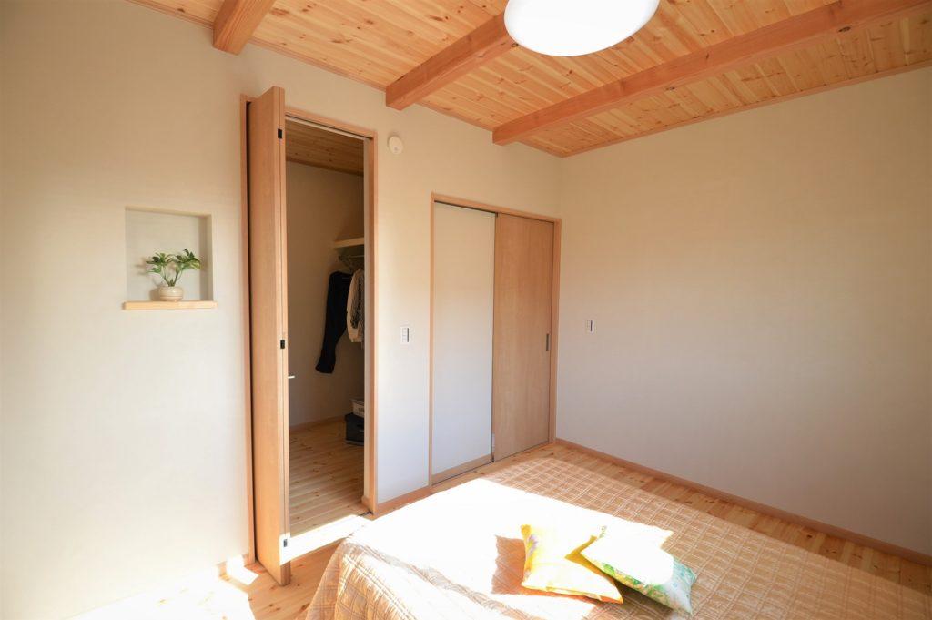 西玄関の間取りの家/4LDK+書斎@浜松